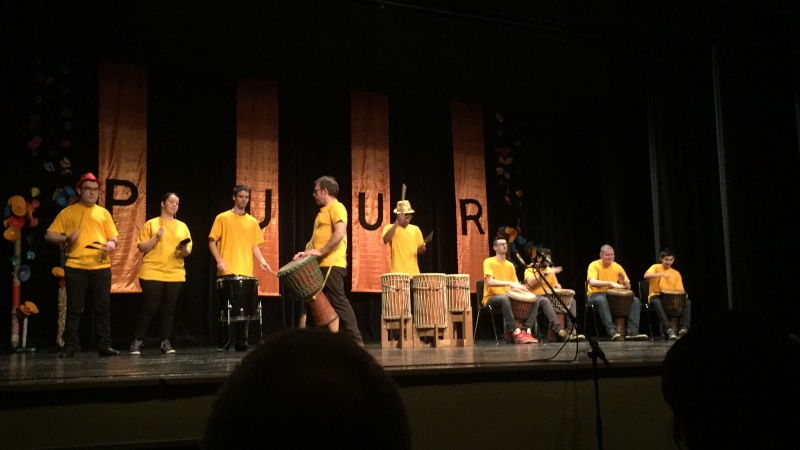 """""""PUUR"""" het optreden van de kinderen van BUSO De Dageraad"""