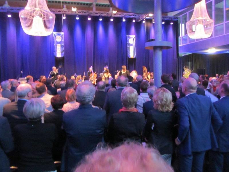 Het Nieuwjaarsconcert bij onze zusterclub Rotary Helmond